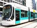 広島市内を走る路面電車「グリーンムーバーMAX」