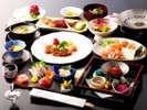 【特選料理 たちばなや会席】離れ客室専用のお料理コースになります。