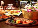 「美食」「感動」をテーマにしたプレミアムな料理の数々・・