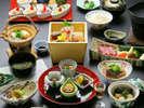 【神戸牛付き旬会席(レストラン)】伝統の技で丁寧に仕上げました。デザートバイキング付※イメージ