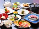 *地元産の野菜を中心に使用した全品手作りの料理(夕食一例)
