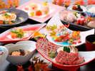 オリジナルの有田の陶器に盛られた/夕食一例