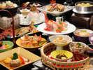 四季替り秋会席山形牛と伝承野菜甚五右ヱ門芋の芋煮鍋、名物ジャンボマッシュの香味焼きなど、全12品