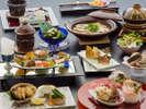 """料理旅館である当館が贈る【スタンダード会席】""""季節を巡る""""繊細な味わいをお愉しみ下さいませ――。"""