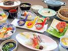◆7月~9月◆月見草会席:白海老の茶碗蒸しに煮物など能登の魅力が詰まった料理をご堪能ください。