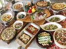 【ディナーバイキング】 マリンホテルの一番人気、和洋中約50種類のお料理☆