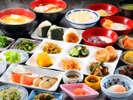 「あがらんしょ」の朝食での和食一例