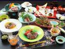 【ご夕食一例・プレミアム会席】山形牛と郷土食豊かな料理が並ぶ、料理長自慢の贅沢コースです