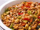 【夕食ブッフェ一例】中華メニューも定番から季節の料理まで幅広くご用意しております。