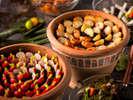 【夕食ブッフェ一例】緑の風畑コーナーではお好みの野菜を収穫してお楽しみ下さい。