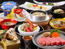 【松茸会席】(ステーキコース)秋の味覚の代名詞「松茸」ふんだんに使用した味覚膳です。
