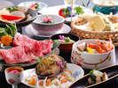 彩りも鮮やかな料理長お薦めの季節替わり会席をお愉しみください※写真はイメージです。