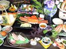 11月~3月◇「蟹づくし会席」お刺身に寄せ鍋、蟹の天ぷらにズワイ蟹姿、蟹の味噌汁などお楽しみ下さい。