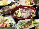 『魚中心の会席』一例。焼き物・お造り・酒蒸しなど海の幸をふんだんに使用しています