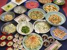 色とりどりの旬の味覚が揃う『七福』は朝食会場にもなっております。(状況によりクローズ致します)