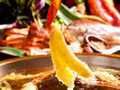 海老や加賀野菜など山海の幸を揚げたて天婦羅で堪能