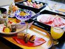 お食事処「風月」では、職人が真心こめて調理する、お寿司・天麩羅に和牛しゃぶしゃぶをお楽しみ頂けます。