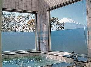 富士を望む3階のお洒落な眺望風呂(貸切)
