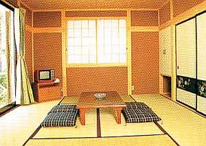 8畳2間続きの和室は2~8名までグループ、家族最適