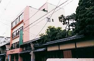 シティーペンショントミーリッチイン京都の外観