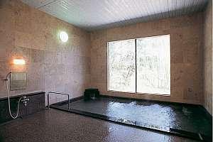 大浴場。24h入浴可。総大理石造りの「昇龍の湯」