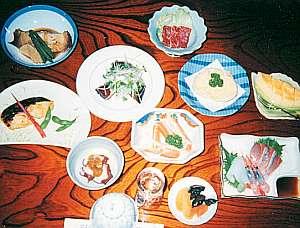 夕食の料理一例