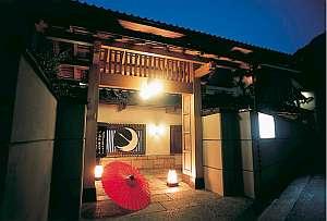 全25室の純和風でこじんまりした造りの宿。