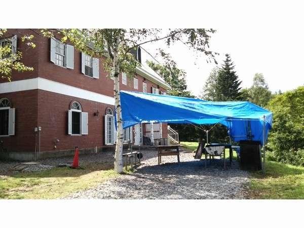 雨用のテントもあるので天気に左右されずにBBQをお楽しみください。
