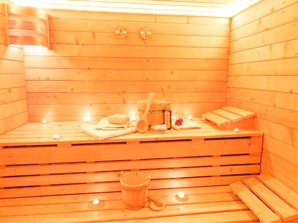 【サウナ】話題の「サ活」♪90度に設定された高温サウナで免疫力UP♪水風呂完備です♪