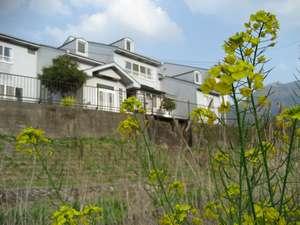 山荘 鶴の湯の外観