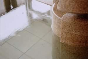 塩湯の温泉は美肌効果あり♪