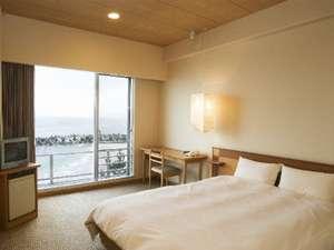Sダブルのベッドはコーナーダブルと同じサイズの1520mm幅♪