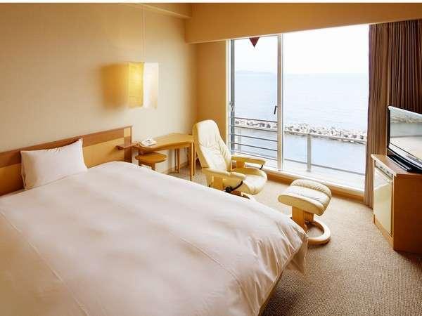 2002年築新館のリゾートシングル。高層階(5・6・7階)から海景色を一望です♪