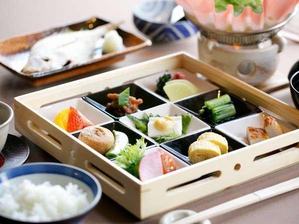 和朝食を食べて一日のパワーをチャージ!