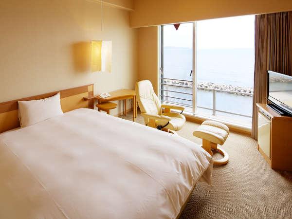 【リゾート気分のシングル(西館)】上質な眠りをお届けするシモンズベッド幅152cm!