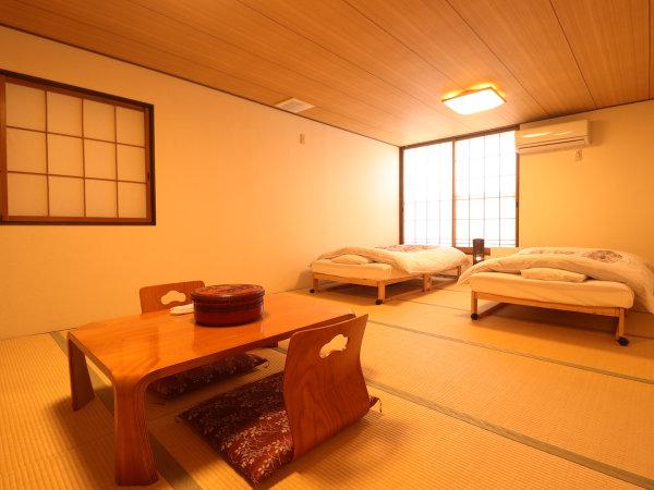 12畳・和ベッドルーム◆ベッドをご希望の方はこちらで!※3名様からはお布団になります。