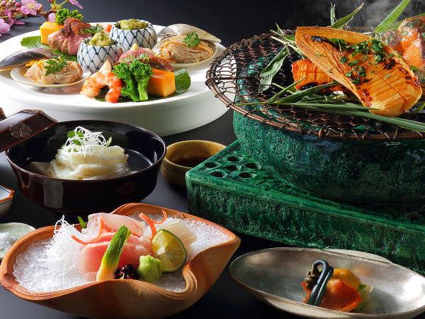 季節の食材をたっぷりと使用した厳選素材のご夕食