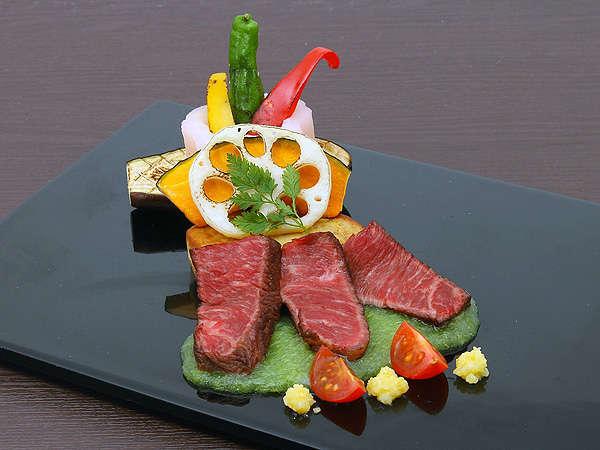 恵まれた風土で育てられた信州牛のステーキ(イメージ) 写真提供:じゃらんnet
