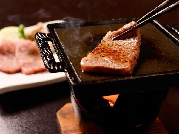 二つの美味しいが競演!【☆特選☆仙台黒毛和牛と鮑(あわび)の陶板焼プラン】