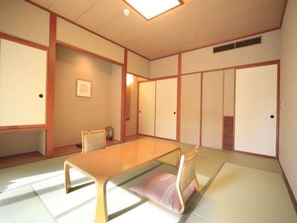 ◆【和室】 ゆったりとした和室は、木のぬくもりと畳の香りに包まれています。