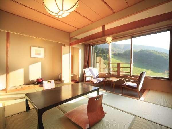 ■南館和室/蔵王の山々を一望できるとても眺めの良いお部屋