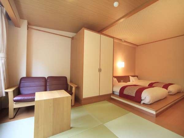 ■和ベッド/伝統的な和空間とフロアーベッドの和モダンの雰囲気が心地よいお部屋