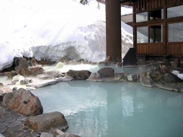 ■露天風呂/八右衛門の湯。雪見露天で蔵王温泉を満喫