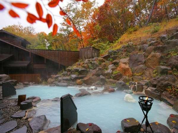 ■露天風呂/八右衛門の湯。紅葉露天風呂をお楽しみ下さい