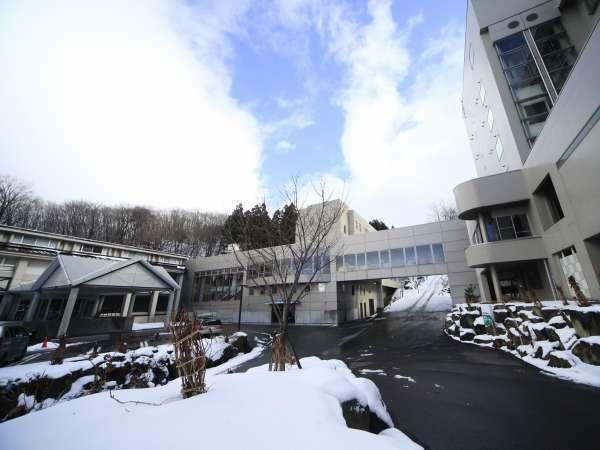 ■蔵王国際ホテル外観(冬イメージ)