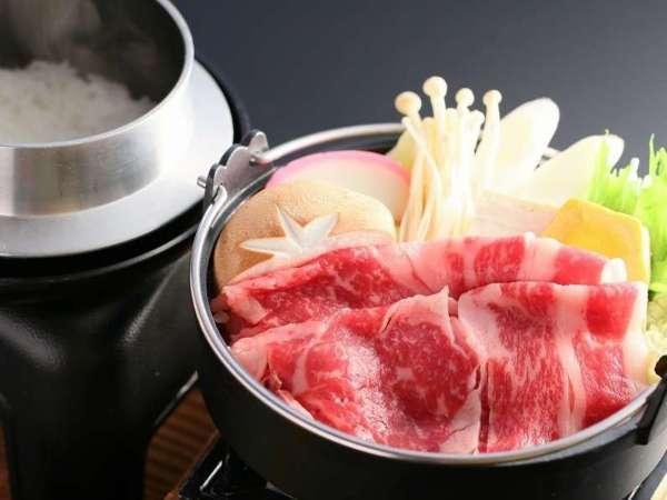 【贅沢】上州牛すき焼き×地元白米を釜炊きで食す