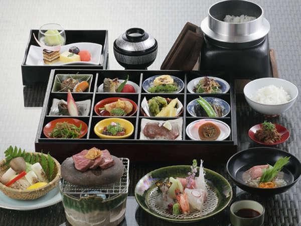 【伊賀牛づくし】人気創作和食〜伊賀牛コース〜を味わう!ホテル一押しプラン