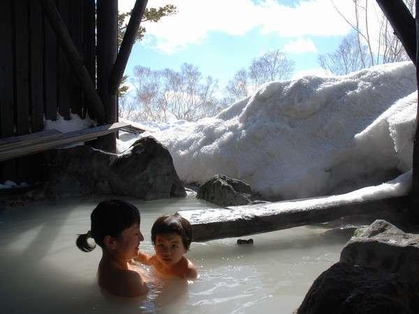 本館宿泊者専用貸切風呂☆雪見露天が大人気