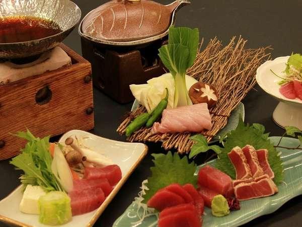 勝浦に泊まるならこれでしょ!!料理長自慢のまぐろづくし会席を召し上がれ♪