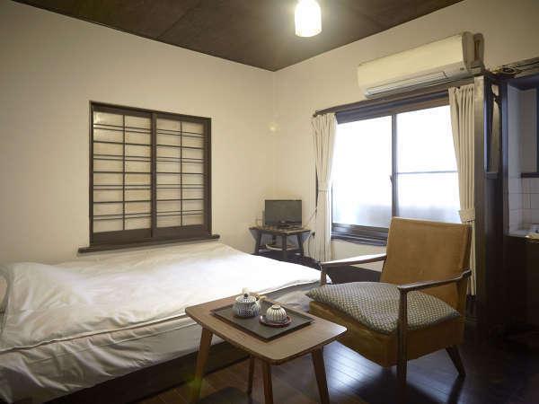・洋室6畳 / 全室無料Wi-Fi完備でビジネスにもご利用頂けます